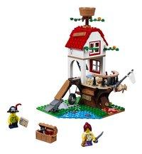 LEGO Creator 3-in-1 31078 Boomhutschatten-Vooraanzicht