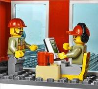 LEGO City 60052 Le train de marchandises-Image 1