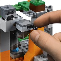 LEGO Minecraft 21141 De zombiegrot-Artikeldetail