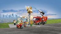 LEGO City 60214 Brand bij het hamburgerrestaurant-Afbeelding 1