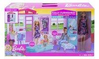 Barbie poppenhuis met zwembad en pop-Vooraanzicht