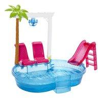 Barbie piscine-commercieel beeld