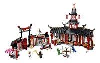 LEGO Ninjago 70670 Het Spinjitzu klooster-Vooraanzicht