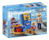 Playmobil City Action 5399 Famille de vacanciers et borne d'enregistrement-Avant