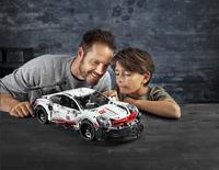 LEGO Technic 42096 Porsche 911 RSR-Image 6
