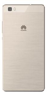 Huawei smartphone P8 Lite goud-Achteraanzicht