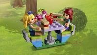 LEGO Friends 41339 Mia's Camper-Afbeelding 4