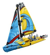 LEGO Technic 42074 Racejacht-Linkerzijde