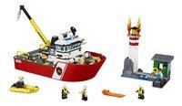 LEGO City 60109 Brandweerboot-Vooraanzicht