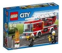 LEGO City 60107 Le camion de pompiers avec échelle