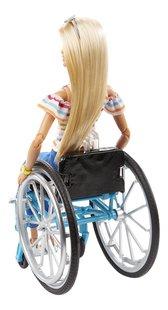 Barbie Fashionistas 132 - Barbie met rolstoel-Achteraanzicht