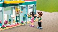 LEGO Friends 41394 L'hôpital de Heartlake City-Image 1
