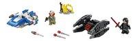 LEGO Star Wars 75196 A-Wing vs TIE Silencer microfighters-Vooraanzicht