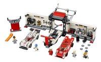 LEGO Speed Champions 75876 Porsche 919 Hybrid en 917K pitstraat-Vooraanzicht