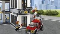 LEGO City 60141 Politiebureau-Afbeelding 1