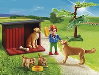 PLAYMOBIL Country 6134 Enfant avec famille de Golden Retrievers-Image 1