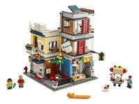 LEGO Creator 3-in-1 31097 Woonhuis, dierenwinkel & café-Vooraanzicht