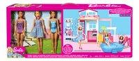 Barbie huis met zwembad en 3 poppen-Vooraanzicht