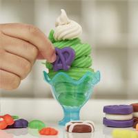 Play-Doh Kitchen Creations Ultieme ijsmachine-Afbeelding 4