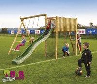 BnB Wood schommel met speeltoren Goal België met groene glijbaan