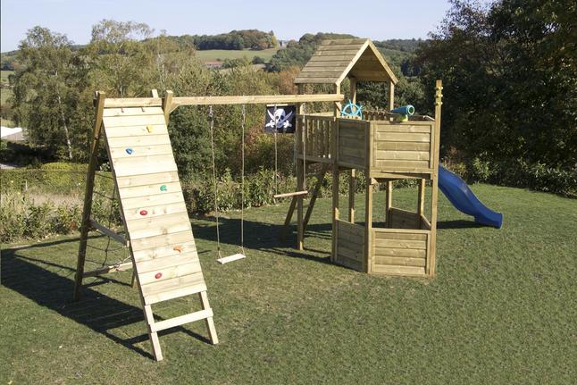 Afbeelding van BnB Wood speeltoren Nieuwpoort Commando Piraat met blauwe glijbaan from DreamLand